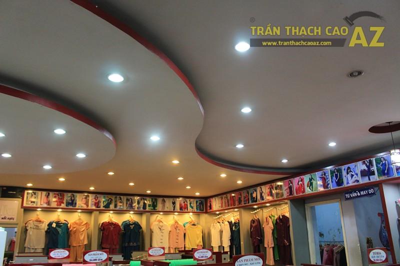 Tạo hình trần thạch cao với các khối hình lượn sóng ấn tượng của Thái Tuấn, 72 phố Huế - 02