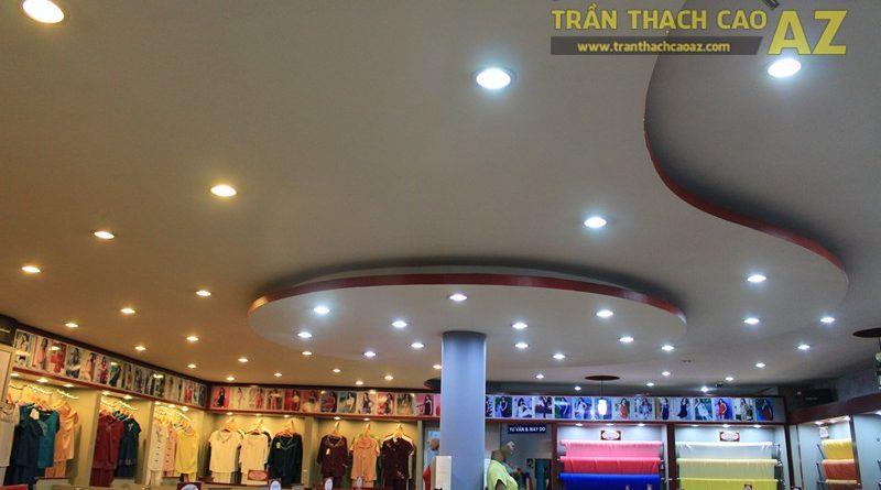 Tạo hình trần thạch cao với các khối hình lượn sóng ấn tượng của Thái Tuấn, 72 phố Huế