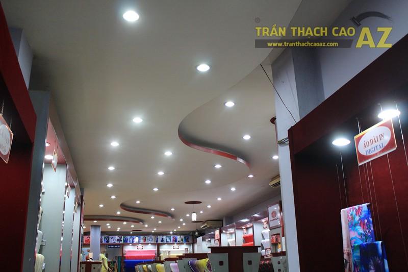 Tạo hình trần thạch cao với các khối hình lượn sóng ấn tượng của Thái Tuấn, 72 phố Huế - 05