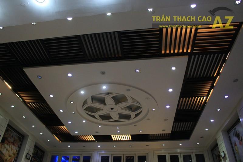 Thiết kế trần thạch cao đẹp với tạo hình hoa văn nghệ thuật của cửa hàng Thu Hương Bakery - 01