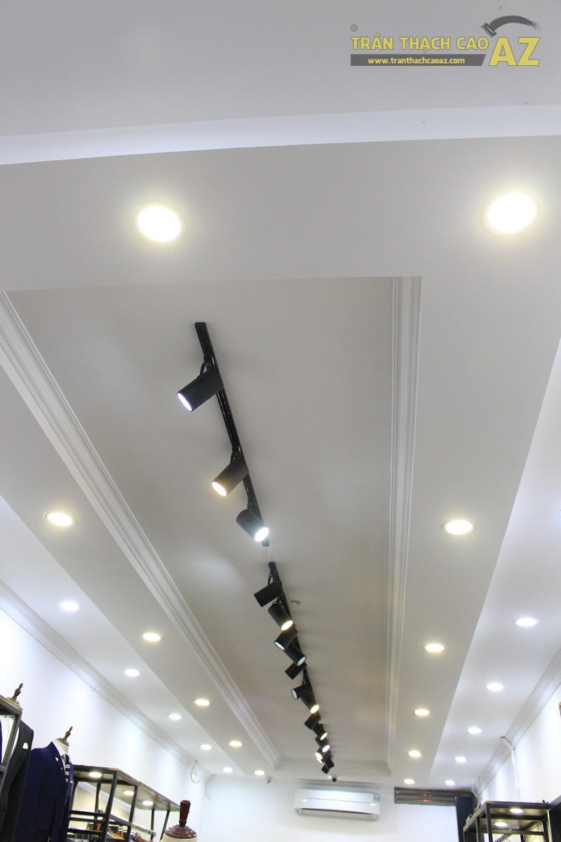 Thiết kế trần thạch cao shop thời trang nam hiện đại của Kelbin, 25B phố Huế - 01