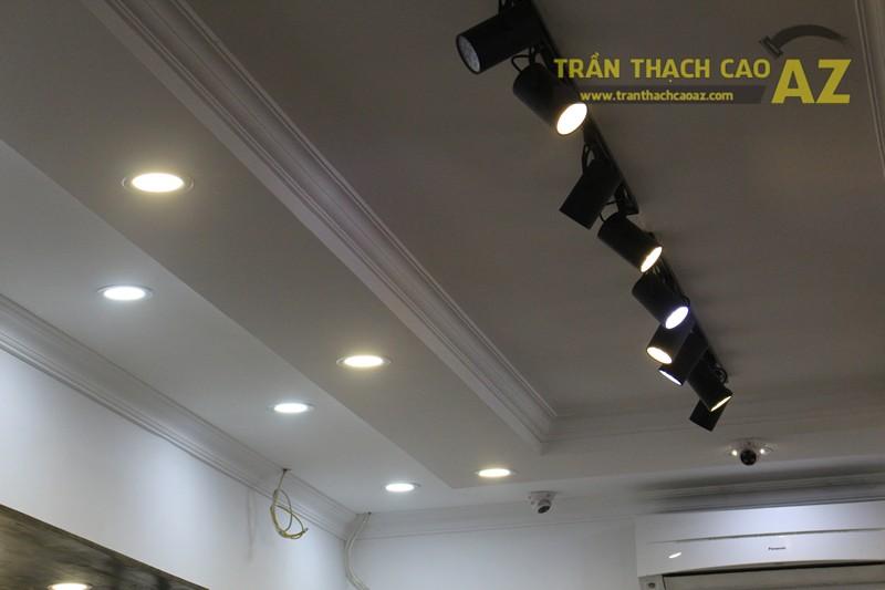 Thiết kế trần thạch cao shop thời trang nam hiện đại của Kelbin, 25B phố Huế - 04