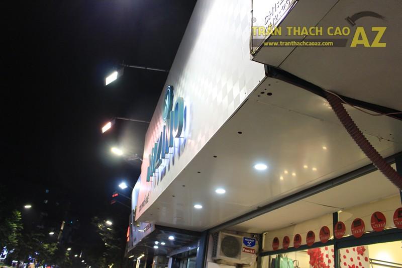 Trần thạch cao shop đẹp đơn giản với tạo hình trần giật cấp của MIZINO, 238 phố Huế - 06
