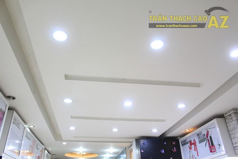 Thiết kế trần thạch cao showroom đẹp hiện đại, cực bắt mắt của TONYMOLY, 165 Giảng Võ - 05