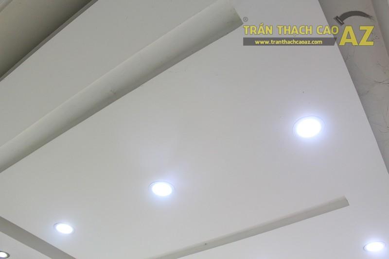 Thiết kế trần thạch cao showroom đẹp hiện đại, cực bắt mắt của TONYMOLY, 165 Giảng Võ - 04