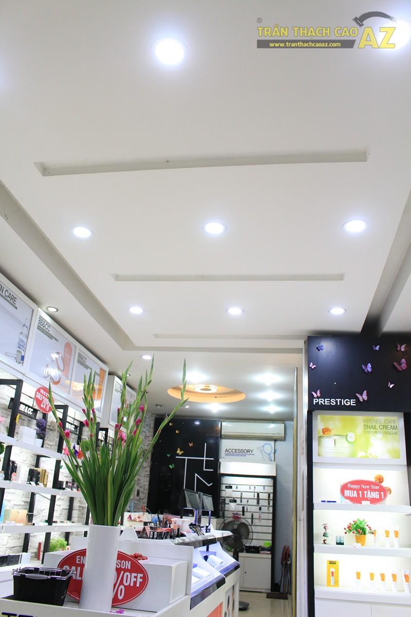 Thiết kế trần thạch cao showroom đẹp hiện đại, cực bắt mắt của TONYMOLY, 165 Giảng Võ - 01