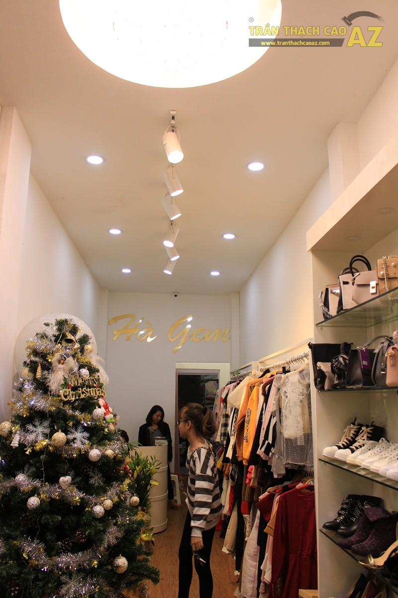 Trang trí shop nhỏ đẹp lung linh với mẫu trần thạch cao đơn giản như Hà Gem, 136 phố Huế - 05