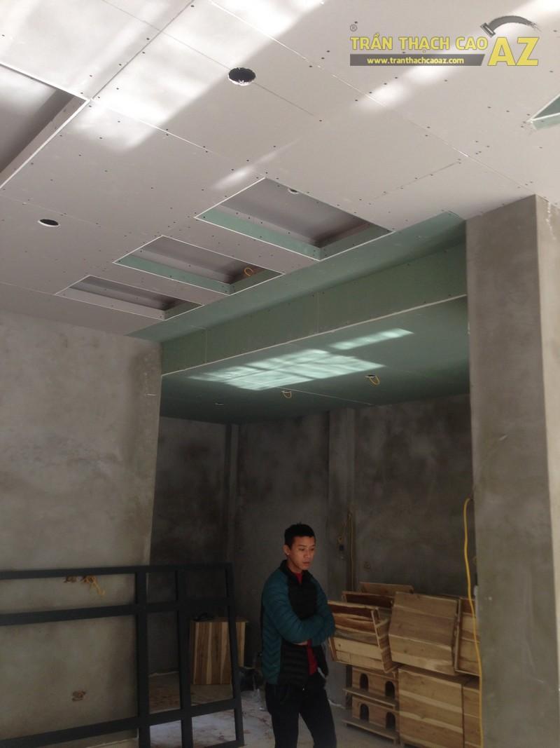 Cập nhật loạt ảnh thi công trần thạch cao cho nhà anh Hải tại Bắc Linh Đàm