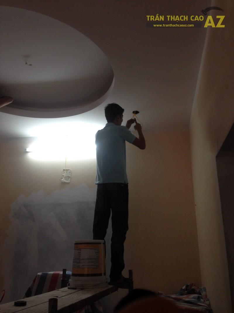 Lắp đèn led âm trần cho hệ thống trần thạch cao