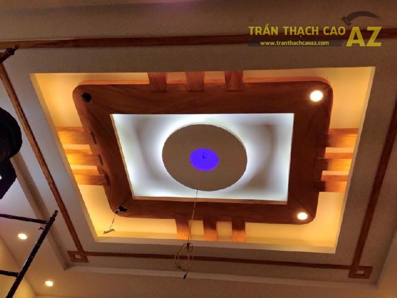 mau-tran-thach-cao-ket-hop-voi-go-01