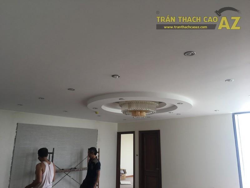 Thi công trần thạch cao cho nhà anh Thái P2201, N01T2, khu chung cư Ngoại Giao Đoàn