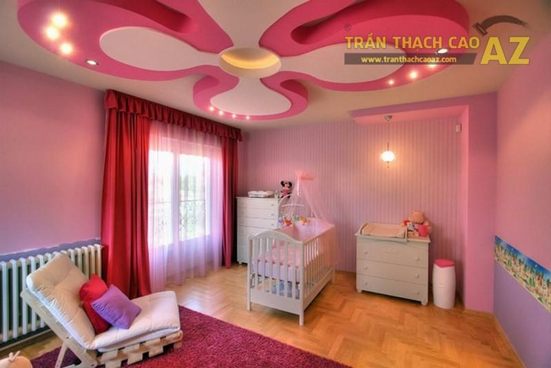 Mẫu trần thạch cao lấy gam hồng làm chủ đạo được thiết kế cho phòng ngủ bé gái 2