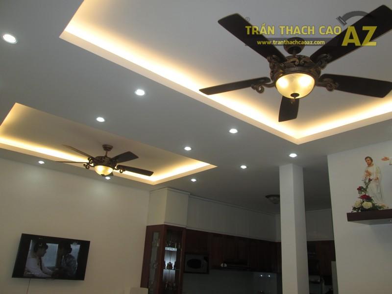 Chọn quạt trần phù hợp với diện tích và thiết kế trần thạch cao phòng khách