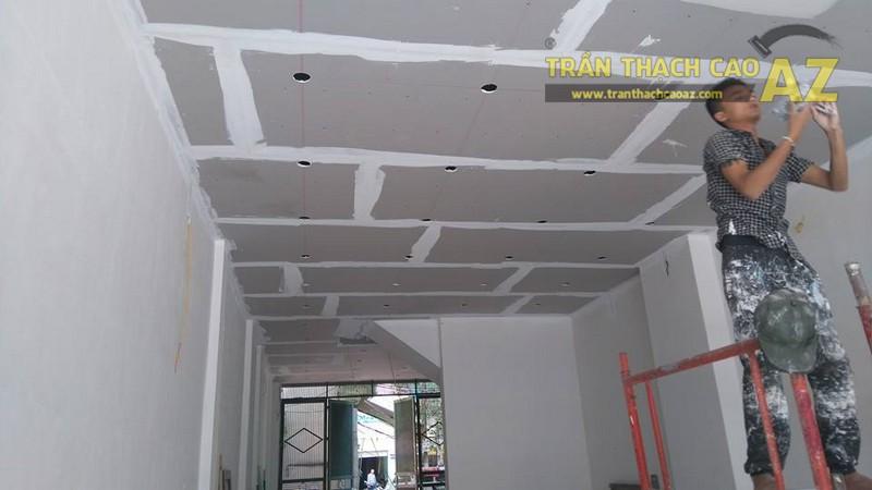 Thi công trần thạch cao nhà phố nhà anh Thành, Cầu giấy, Hà Nội - 03