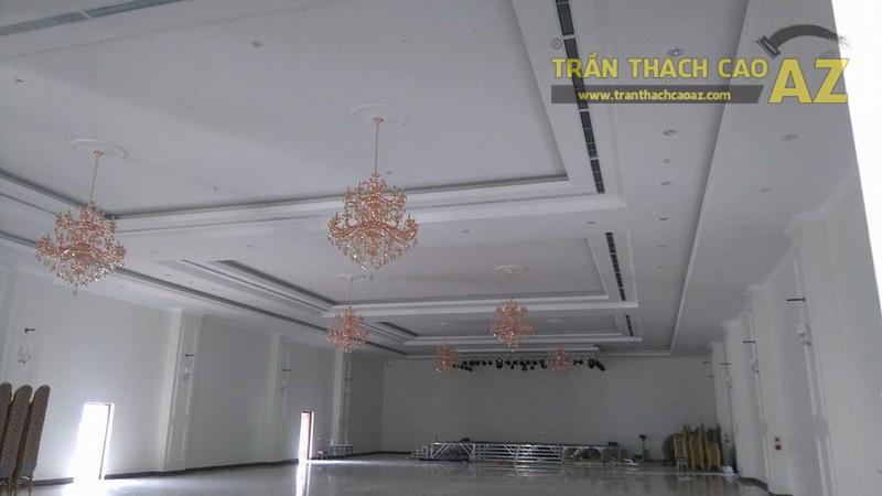 Thi công trần thạch cao cho trung tâm tiệc cưới của anh Hậu, Hà Đông, Hà Nội - 03