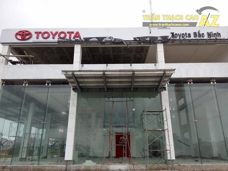 Thi công trần thạch cao cho nhà trưng bày xe Toyota Bắc Ninh