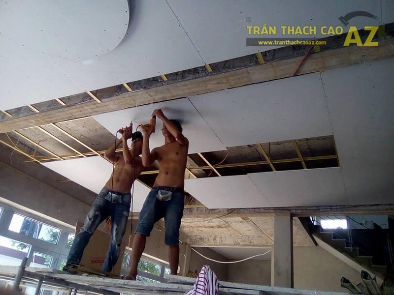 Thi công trần thạch cao cho nhà anh Liệu, Gia Lâm, Hà Nội