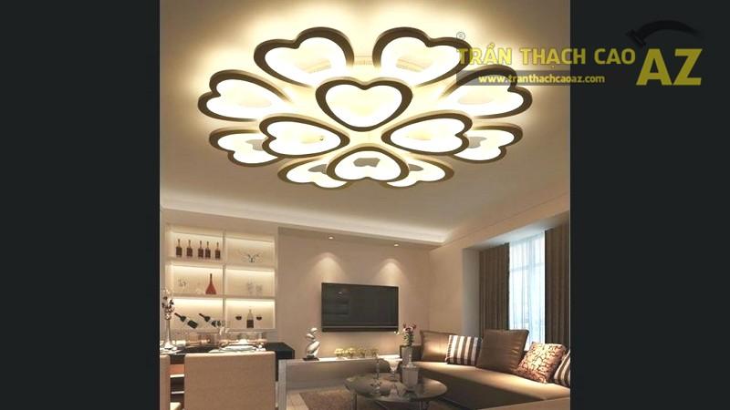 Đèn trang trí làm tăng sức cuốn hút cho trần phẳng