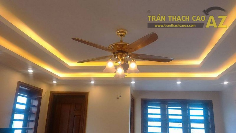 Trần thạch cao phòng khách kết hợp quạt trần tuyệt đẹp