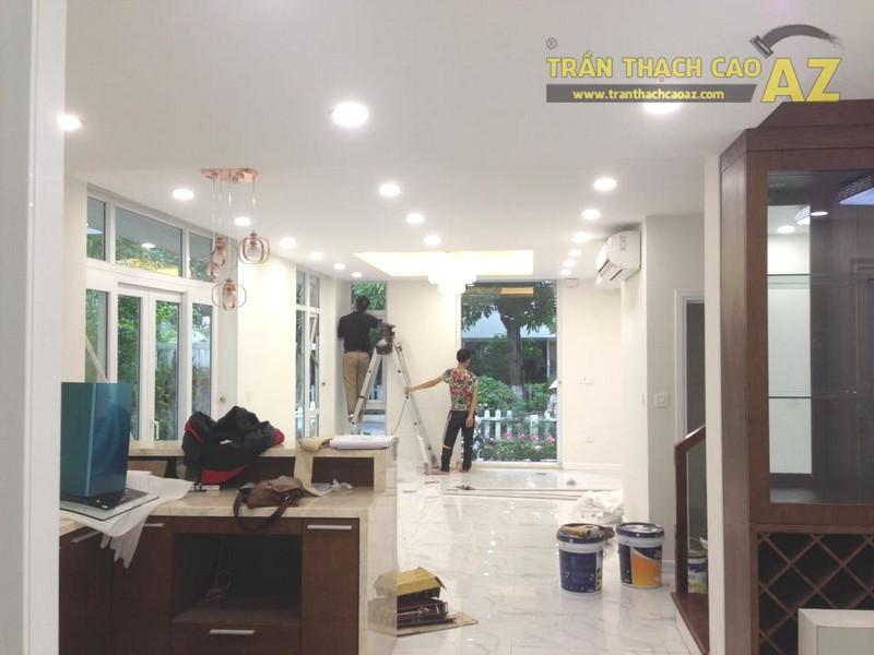 Thi công trần thạch cao phòng khách đẹp cho gia đình chị Thỏa, KĐT Ecopark - 01