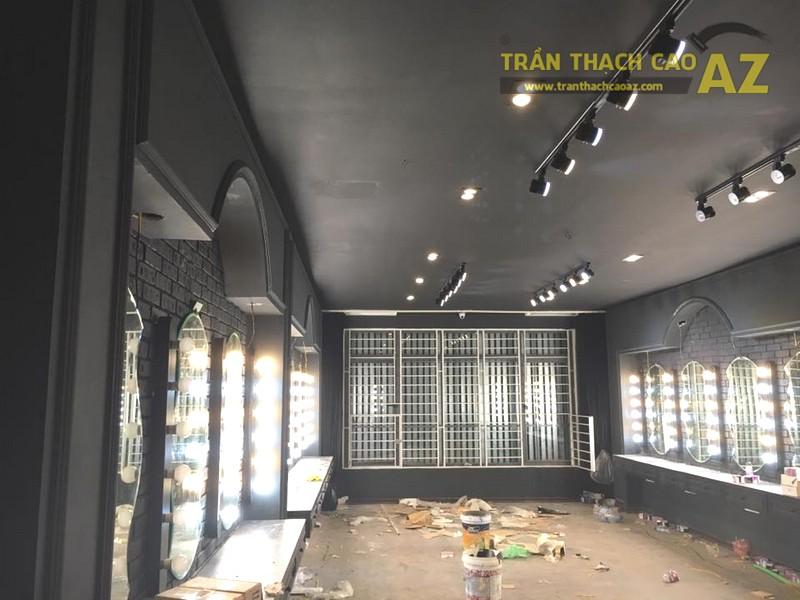 Làm trần thạch cao màu đen cá tính cho salon tóc Hoàng Oanh, Cầu giấy, Hà Nội - 02