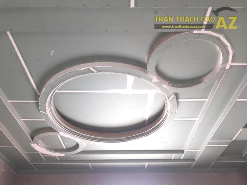 Thi công trần thạch cao quán karaoke đẹp tại Long Biên, Hà Nội nhà anh Hòa - 03